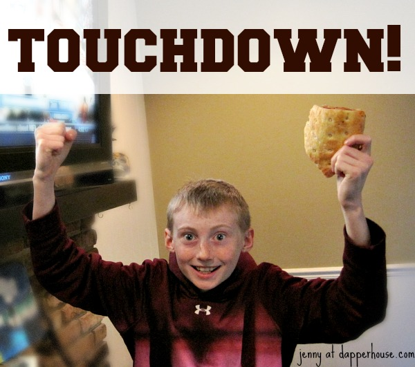 TouchDown-during-Game-Day-with-DiGiorno-GameTimeGoodies-shop-cbias-@dapperhouse