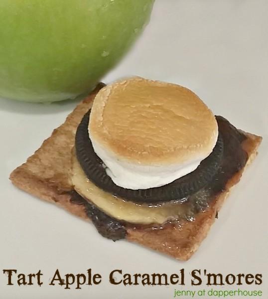 Tart Apple Caramel S'mores Dessert Recipe from jenny at dapperhouse #smores #s'mores #greenapple