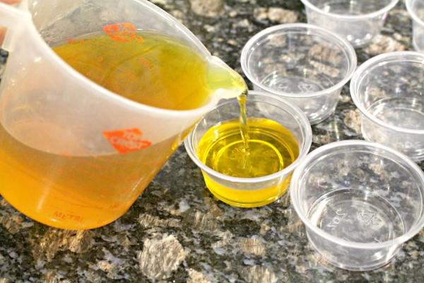 How to make jello shots! jenny at dapperhouse whisky sour shots