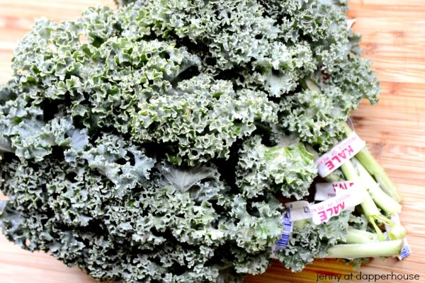 Recipe for frugal fast fun and fantastic tasting spicy Kale Chips - jennyatdapperhouse