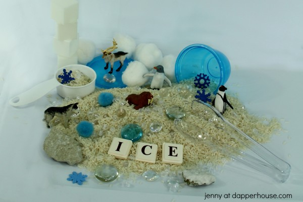 How to make a really cool sensory bin themed for the arctic from jenny at dapperhouse