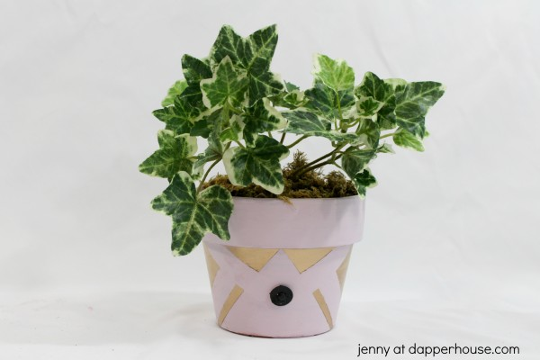 DIY _ How to make this pot make over from an old terra cotta pot -  jenny at dapperhouse