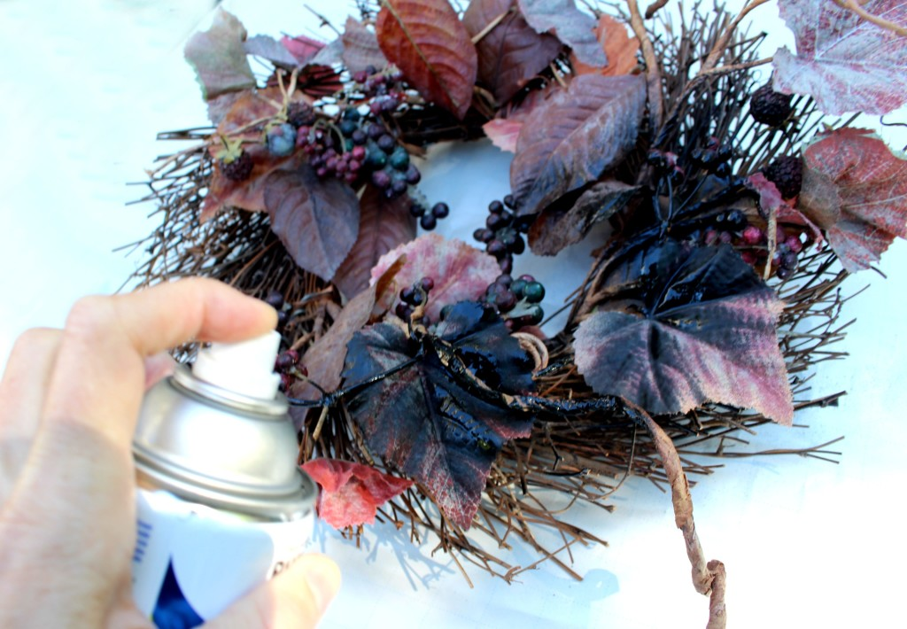 spray paint the wreath