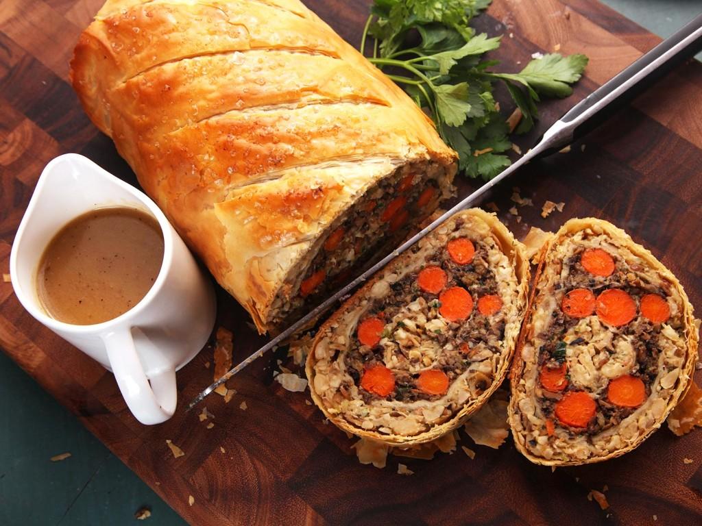 20141116-vegan-thanksgiving-roast-recipe-01-thumb-1500xauto-415371