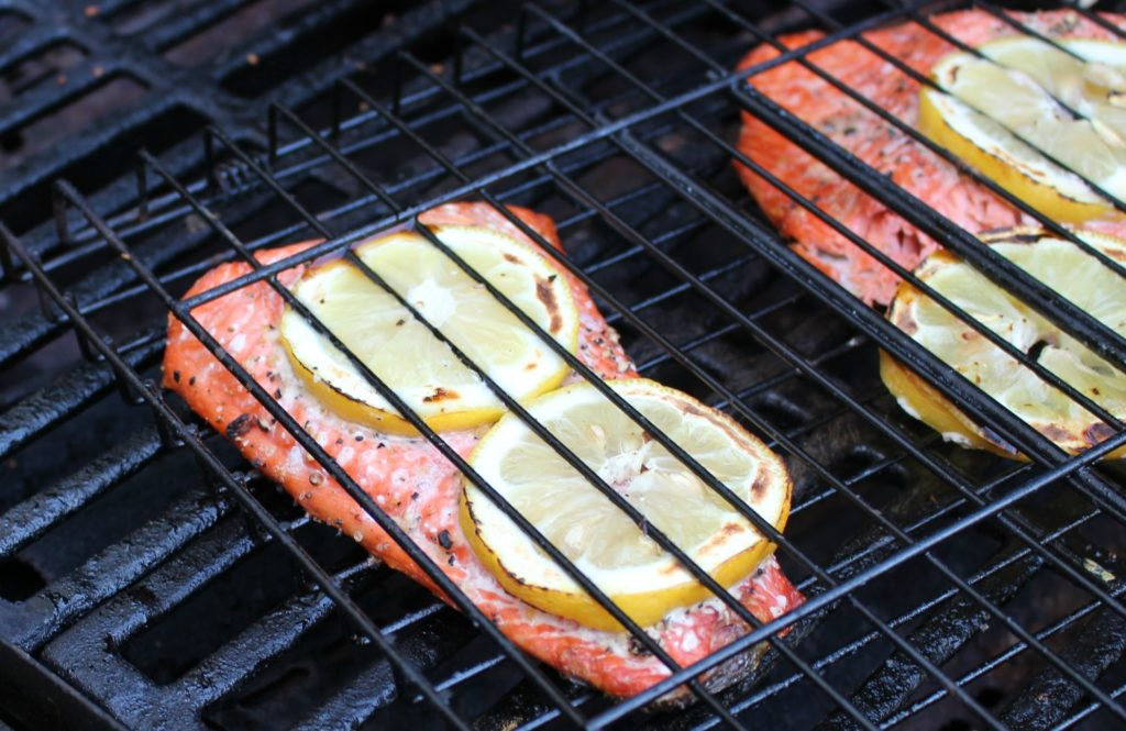 5 Reasons Why Salmon is the World's Best FOod - jenny at dapperhouse - How to Grill in 15 minutes