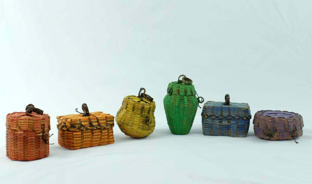 color sort baskets DIY learning activity - jenny at dapperhouse