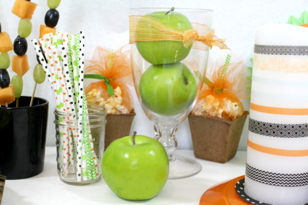 apples in a vase are great edible decoration in this DIY Healthy Halloween Party - jenny at dapperhouse blog