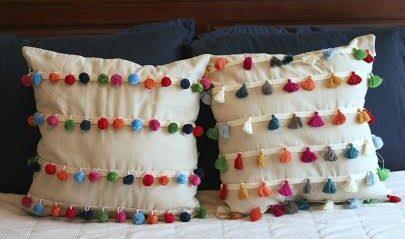 DIY – No Sew Tassel and Pom Pom Decorative Pillows