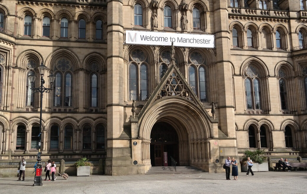Why People Are Booking Manchester for Vacations in 2021