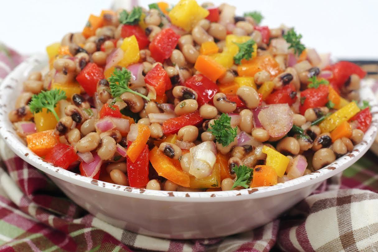 Fast & Healthy Black Eyed Peas Veggie Salad